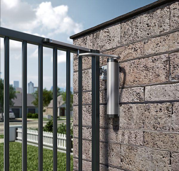 LOCINOX-vartu-pritraukiklis-verticlose-2-wall-sumontuotas